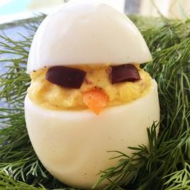 Ovos recheados
